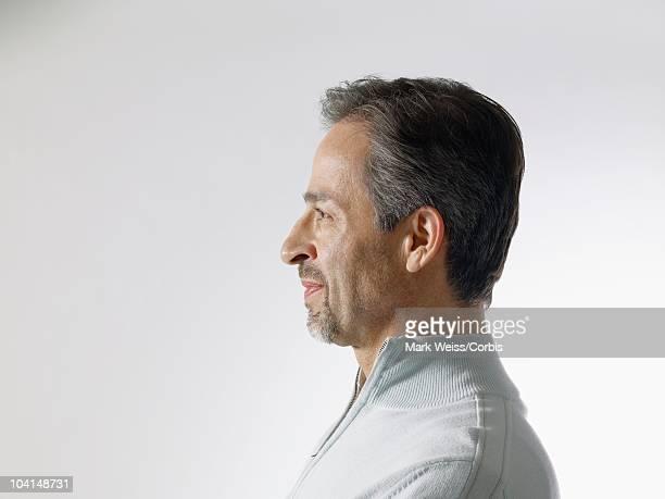 profile of man - homme profil photos et images de collection