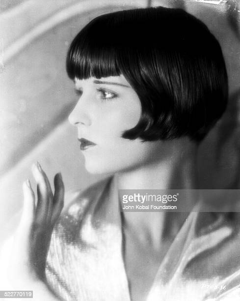 Profile portrait of actress Louise Brooks for Paramount Pictures 1928