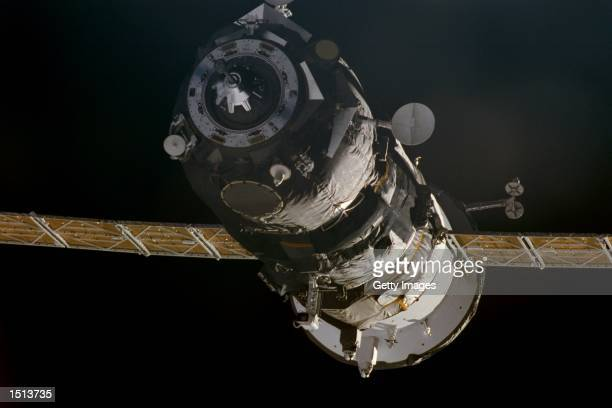 Progress supply ship links up to the orbiting International Space Station November 18, 2000 to bring Expedition 1 commander William M. Shepherd,...