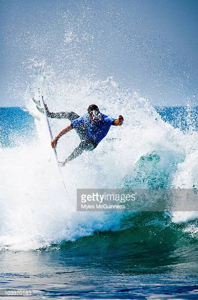 a progressive surfer catching air. - san clemente california stock pictures, royalty-free photos & images