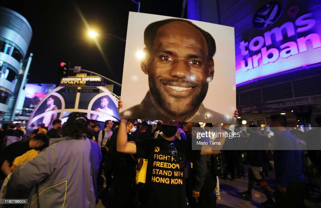 Pro-Hong Kong Activists Protest Outside NBA Opening-Night Games : News Photo