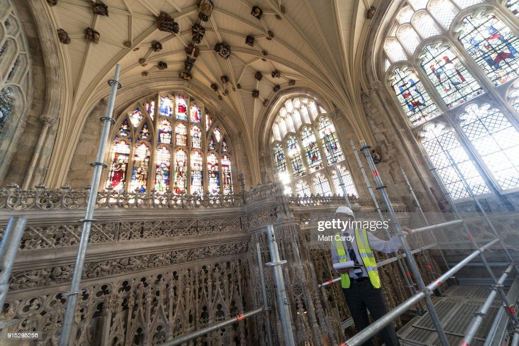 Spring Clean Takes Place At Winchester Cathedral : Fotografía de noticias