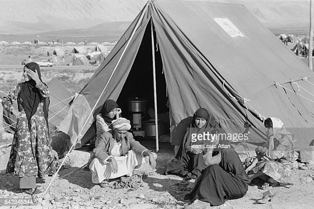ProKhomeini Shiite Iraqis flee Iraq for refuge in Iran