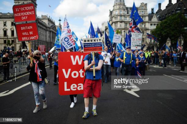Proleave and Proremain protestors outside Parliament on September 3 2019 in London England Yesterday evening Prime Minister Boris Johnson warned...