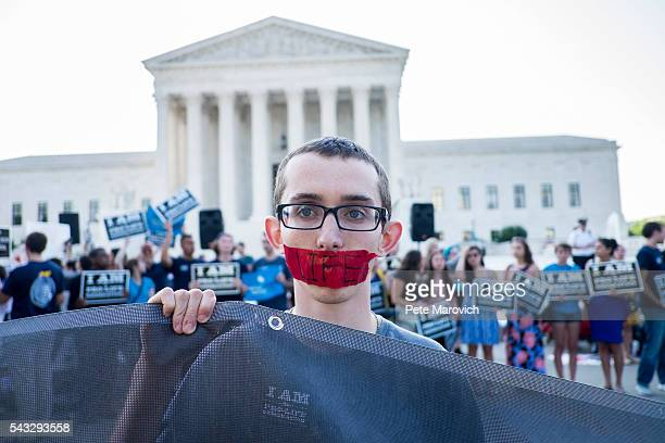 Prolife activist Ryan Orr of Manassas Va waits holds a silent vigil as he waits for rulings in front of the US Supreme Court on June 27 2016 in...