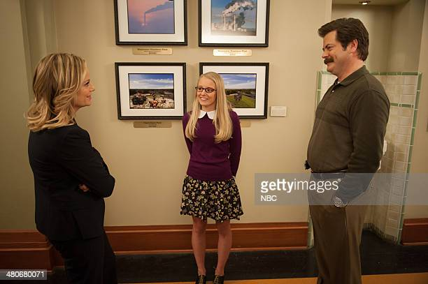 RECREATION 'Prom' Episode 618 Pictured Amy Poehler as Leslie Knope Kelly Washington as Allison Nick Offerman as Ron Swanson