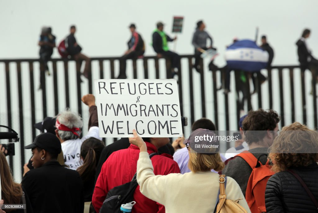 Opponents Of Trump's Immigration Policies Demonstrate At Mexican Border : News Photo