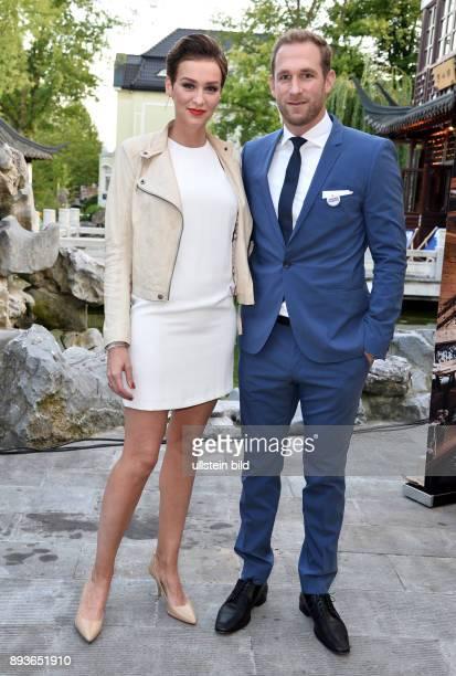 Prominente aus der Hansestadt feiern beim legendären Hamburger Sommerfest im Hamburg Yu Garden St PauliProfi Florian Kringe und seine Freundin...