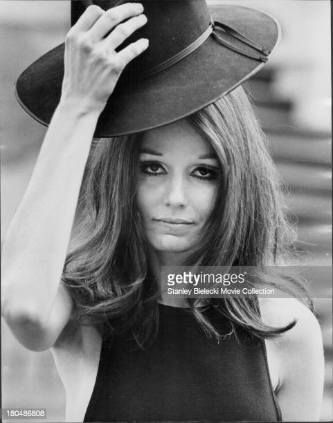 Promotional headshot of actress Paula Prentiss as she appears in the movie 'Move' 1970