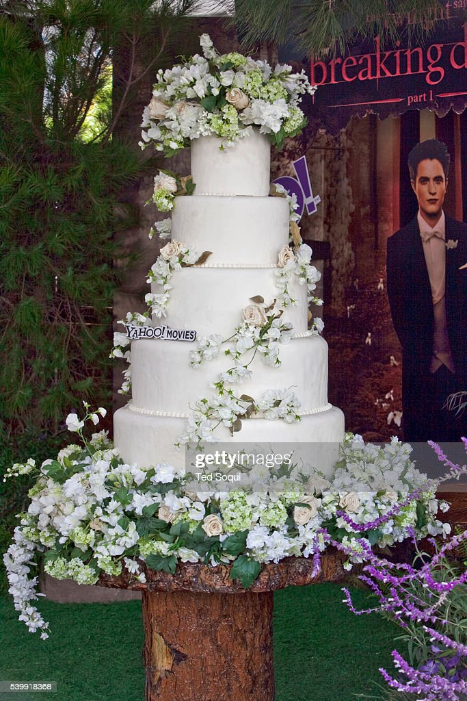 Breaking Dawn Line Pictures Getty Images