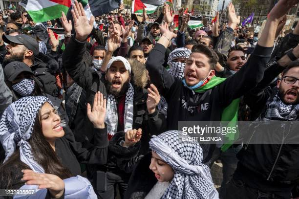 Pro-Palestinian supporters demonstrate against violence in Israel and the GazaStrip on Dam Square in Amsterdam on May 16, 2021. - Netherlands OUT /...