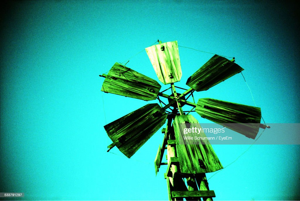 Propeller Of Weather Vane Against Clear Sky : Foto stock