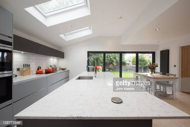 property interiors - kitchen worktop stock pictures, royalty-free photos & images