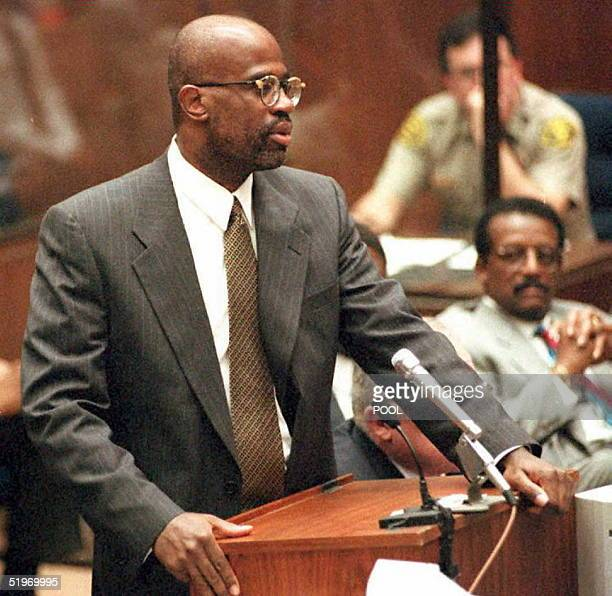 Prosecutor Christopher Darden apologizes to Judge Lance Ito following a contempt of court citing by the judge during a sidebar hearing 23 February...