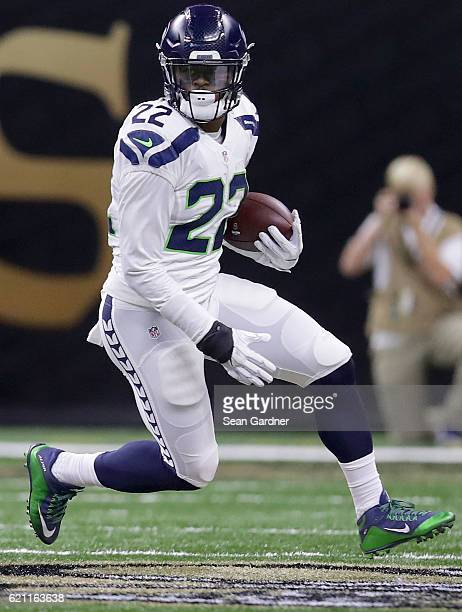 J Prosise of the Seattle Seahawks runs the ball during a game against the New Orleans Saints at the MercedesBenz Superdome on October 30 2016 in New...