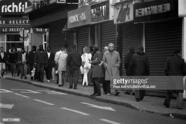 Prostituées rue StDenis à Paris en novembre 1985 France
