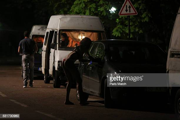 Prostitution in paris in the Bois de Vincennes the new trafficking of Africans women The sometimes 13yearold women only have to pay off the price of...