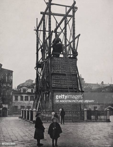 Protecting a monument against enemy bombardments Italy World War I from l'Illustrazione Italiana Year XLV No 1 January 6 1918