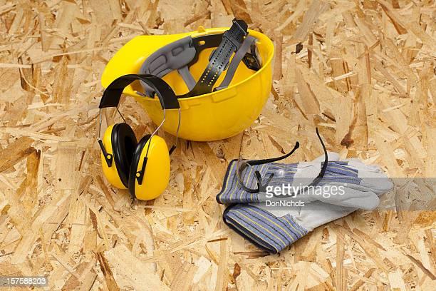 schutz- und arbeitskleidung - sicherheitsausrüstung stock-fotos und bilder