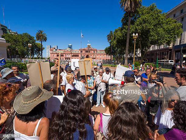 Protest in Plaza de Mayo