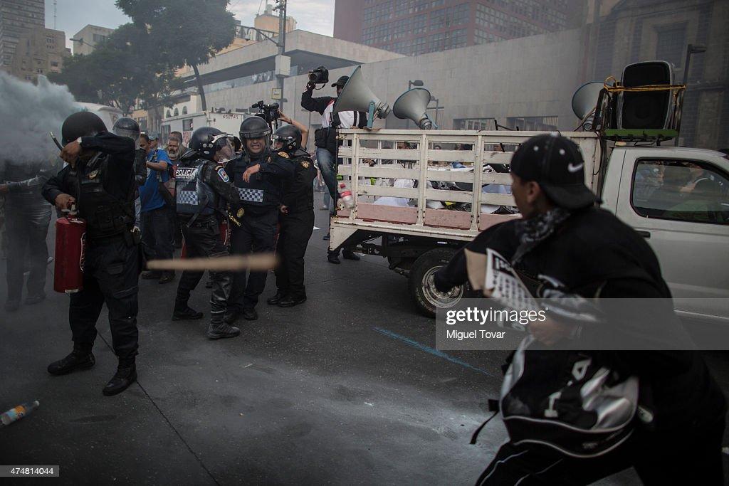 12th Global Action For Ayotzinapa : News Photo