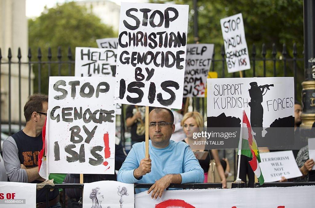 BRITAIN-IRAQ-UNREST-YAZIDIS-DEMO : News Photo