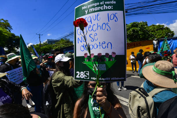 SLV: Demonstration To Demand Legal Abortion In El Salvador
