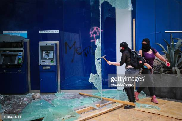 Protester loot a bank during a protest against police brutality in Mexico City Mexico on June 8 2020 The death of George Floyd in the US last May 25...