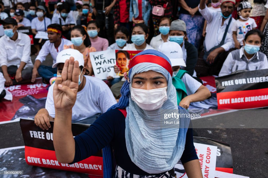 Protests Continue In Myanmar : ニュース写真