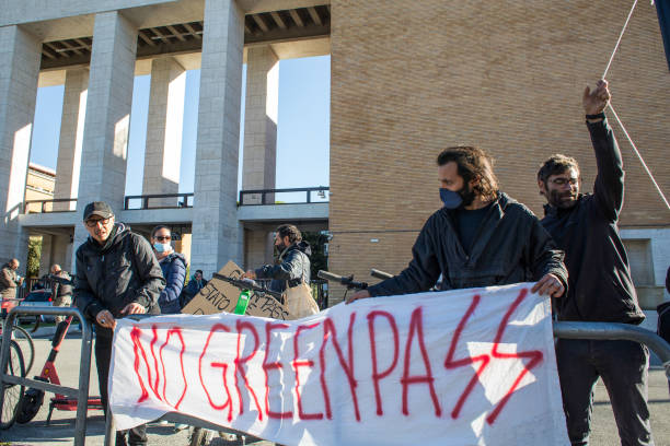ITA: Italy Faces Social Unrest as Covid Pass Mandate Comes Into Force