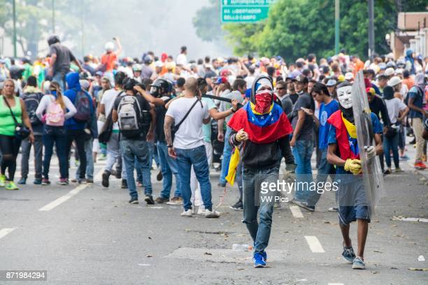 Protesters are concentrated in the avenue Francisco de Miranda in Altamira of the repression of the police and national guard Great march of the...