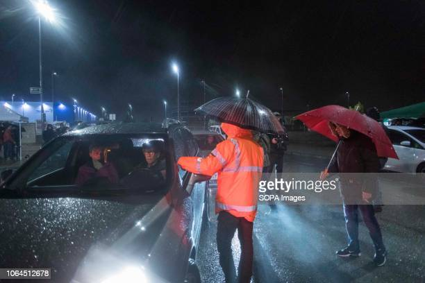Protesters are seen stopping people who were going to work and prevent them from accessing the warehouse during the strike The workers of the largest...