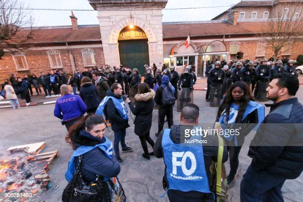 Protesters block access of the Fesnes prison near Paris on January 15 during a demonstration by prison guards after three of their colleagues were...