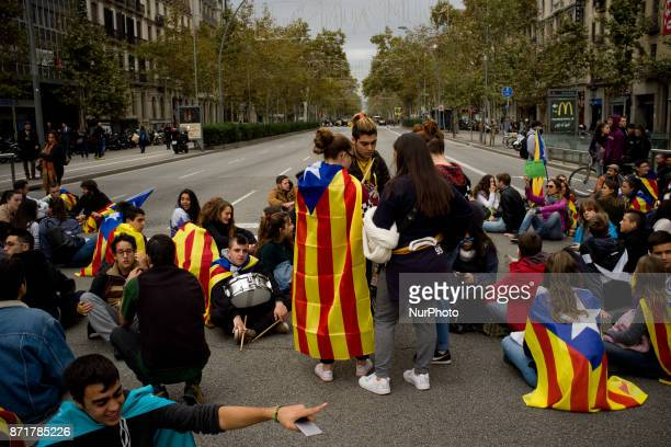 Protesters block the streets of Barcelona Spain on 8 November 2017 Catalonian territory went on general strike against the imprisonment of Catalan...