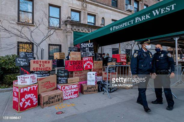 Protesters blocked the entrance to senator Chuck Schumer's home in Brooklyn with a wall of boxes filled with Empty Promises. Pro-Immigration...