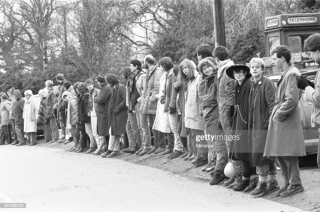 Greenham Common Women's Camp Human Chain Protest : Foto di attualità