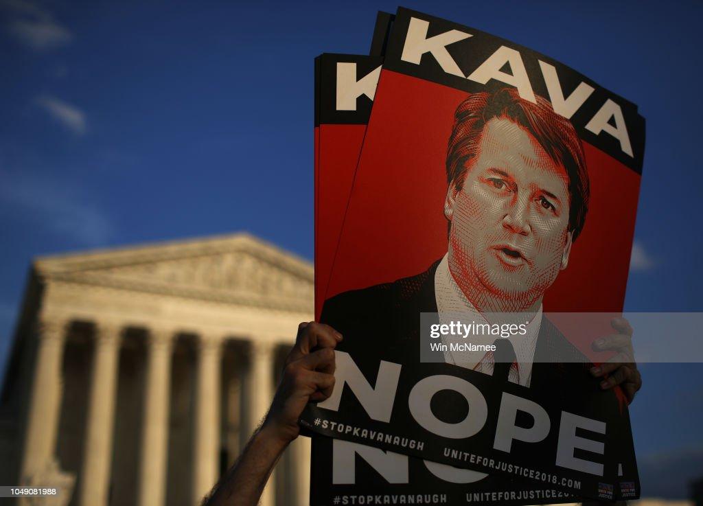 Activists Demonstrate Against Brett Kavanaugh Nomination At The Supreme Court : News Photo