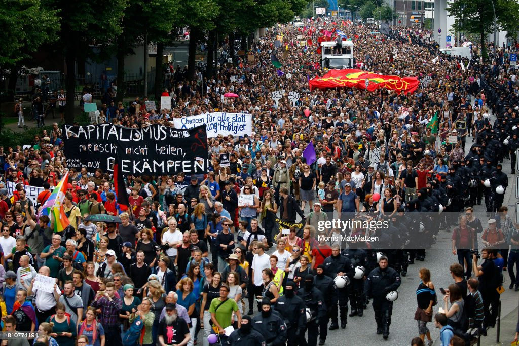 Hamburg Day 2 Of G20 Protests And Aftermath : News Photo