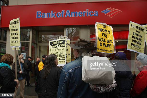 Protesters demonstrate in front of a Bank of America branch in support of Republic Windows Doors workers December 10 2008 in New York City Workers at...