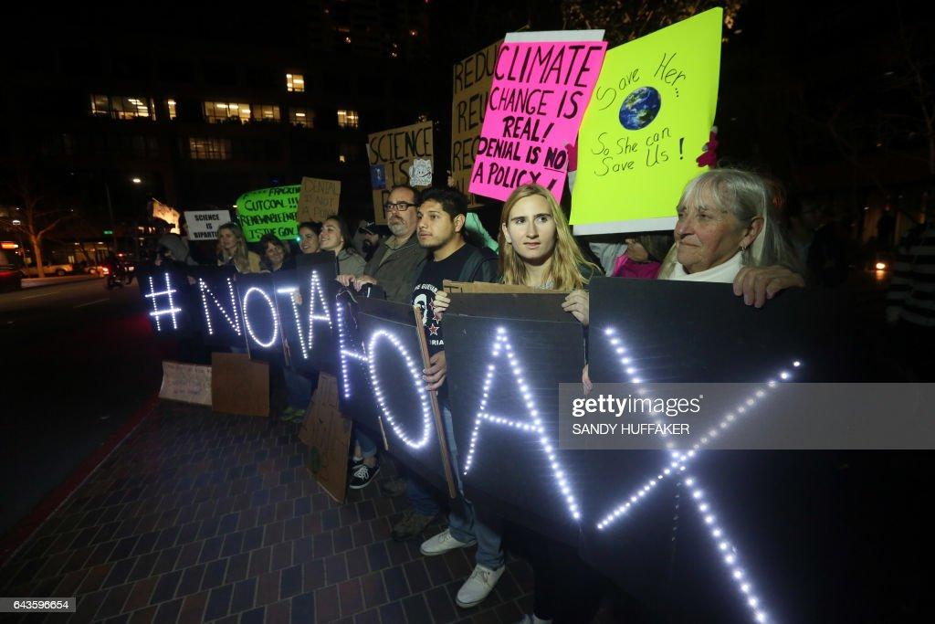 US-CLIMATE-POLITICS-ENVIORNMENT : News Photo