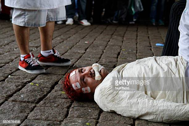 Protesters do act Antiasylum fight National day at MASP on Paulista Avenue in São Paulo Brazil on May 18 2016 The antiasylum struggle proposes a...