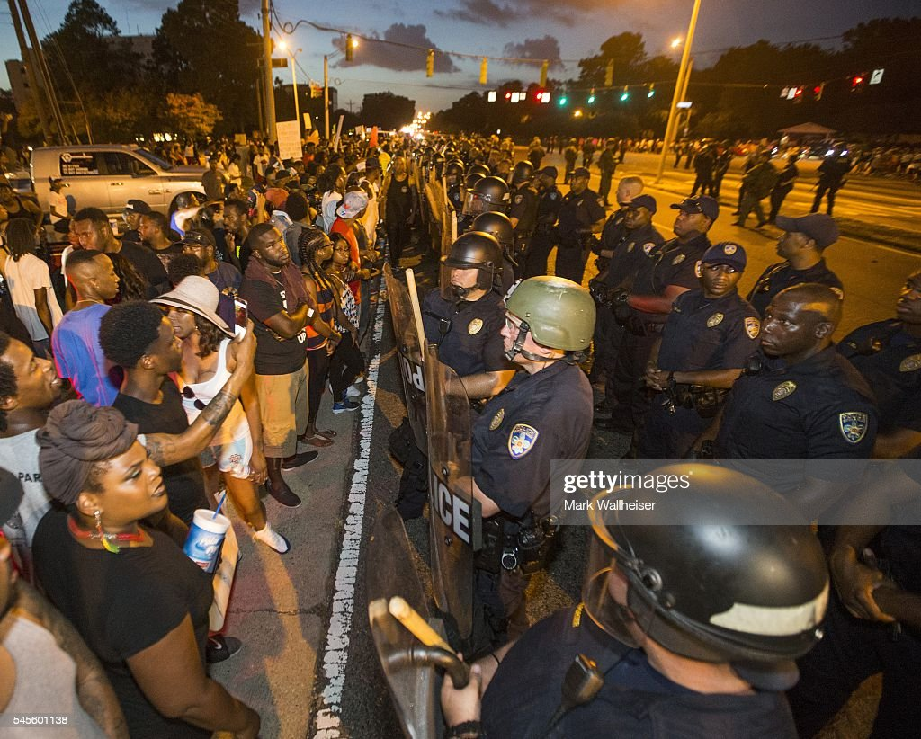 Department Of Justice Launches Civil Rights Investigation In Shooting Of A Black Man By Baton Rouge Police Officer : News Photo