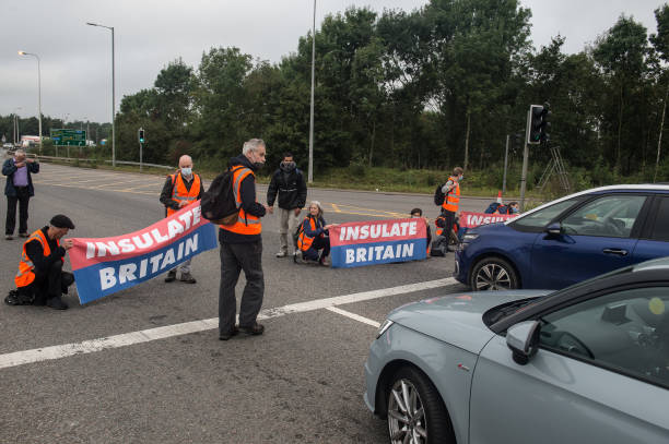 GBR: Insulate Britain Activists Blockade The M11