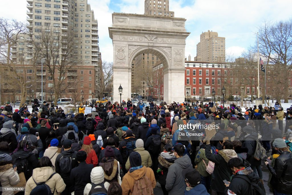 End The Violence Toward Asians Rally : ニュース写真