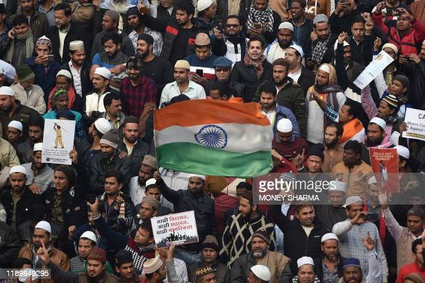 Protesters gather by the Jama Masjid mosque at a demonstration against Indias new citizenship law in New Delhi on December 20, 2019. - Fresh clashes...