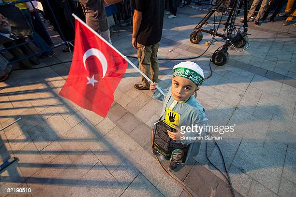 CONTENT] Protesters gathered in Istanbul's Sarachane Park to take world's attention to the massacres in Syria Egypt