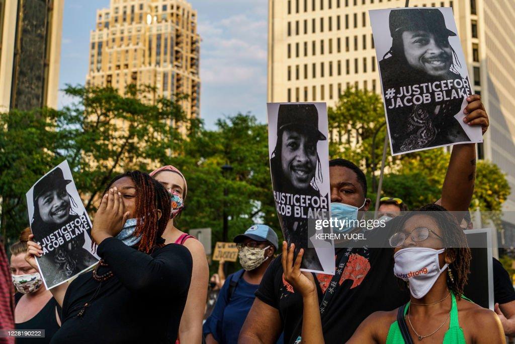US-POLICE-SHOOTING-RACISM : News Photo