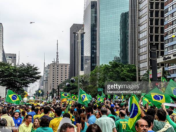 protesters in  brazil against president dilma rousseff (10) - democracy stock pictures, royalty-free photos & images