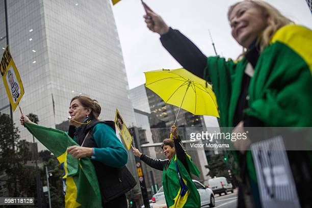 Protesters in favor of impeachment against President Dilma Rousseff celebrate the inauguration of the new President Michel Temer, at Avenida Paulista...
