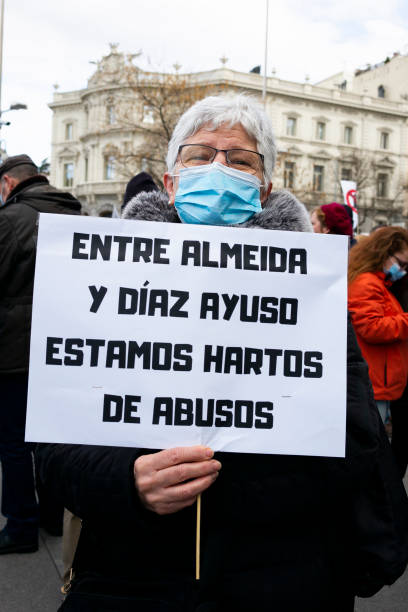 ESP: Concentration In Madrid Against The Transfer Of Waste To Valdemingomez
